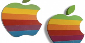 apple-logos-auction