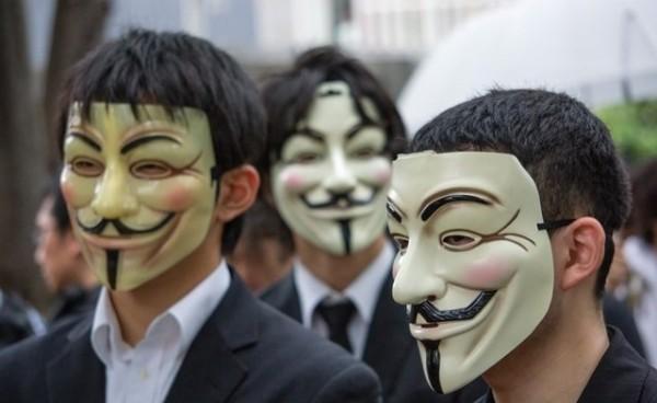 گروه هکرهای Anonymous اقدام به هک کردن و از کار انداختن سایتهای اسرائیل کردند