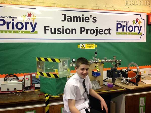 این نوجوان 13 ساله انگلیسی یک راکتور اتمی در خانه ساخته است!