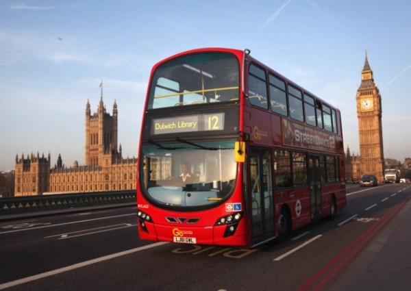 اتوبوسهای هوشمند لندن صندلیهای خالی را به مسافران نشان میدهند!
